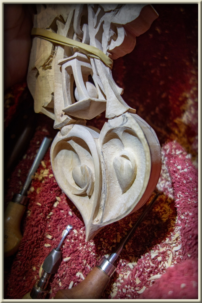 Bound Heart Lovespoon WIP - 26_08_2018_02 800W 800W
